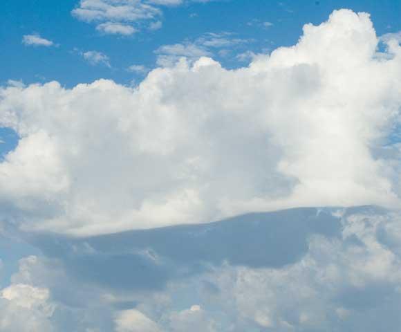 Flat Bottom Cloud