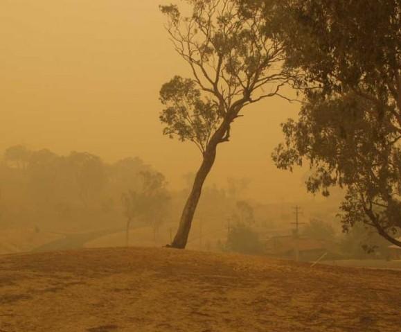 Smoke haze from distant bushfires, January 23, 2003.
